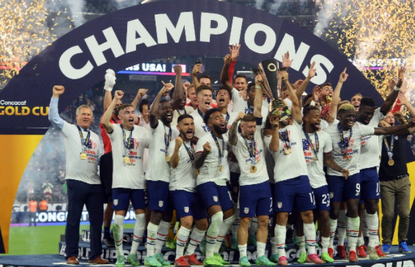 The United States defeated Mexico 1-0 to win the 7th CONCACAF Gold Cup